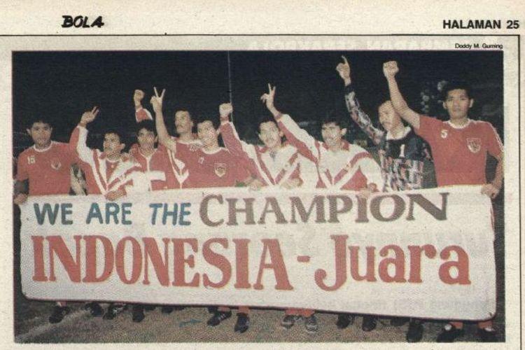 Timnas sepak bola Indonesia merayakan keberhasilan meraih medali emas di SEA Games 1991.