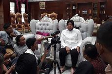 Kebutuhan Guru di Surabaya Mendesak, Risma: Kalau Enggak Dapat Aku yang Ngajar