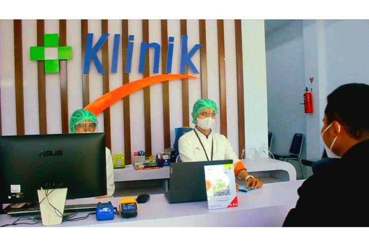 Klinik Pratama KF di Labuan Bajo yang baru diresmikan dan beroperasi untuk memberikan layanan kesehatan terutama tracking, tracing, dan testing terkait penanganan pandemi covid-19 bagi turis dan masyarakat sekitar