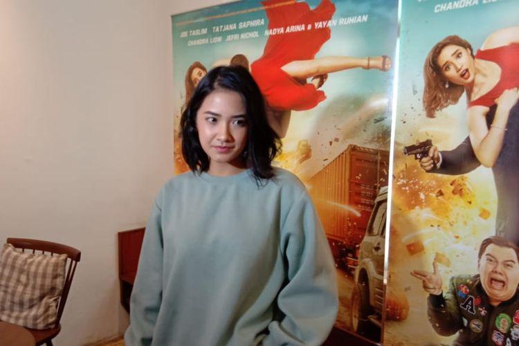 Nadya Arina menghadiri peluncuran poster film Hit & Run di SRSLY Coffe di Cipete Raya, Jakarta Selatan, Jumat (5/4/2019).