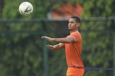 Renan Silva Resmi Berseragam Bhayangkara FC