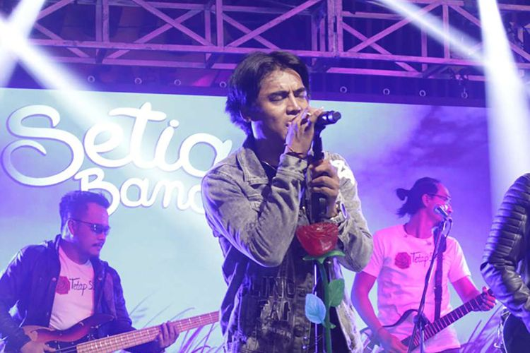 Setia Band Launching Single Terbaru di Hard Rock Cafe,Sudirman,Jakarta,Rabu(11/12/2019).  Single terbaru yang di keluarkan berjudul ''Tetap Setia''.