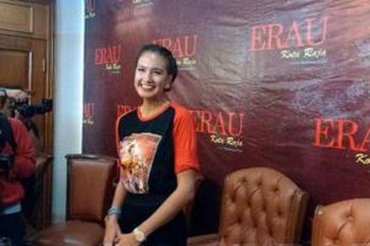Nadine Chandrawinata dan film Erau Kota Raja.