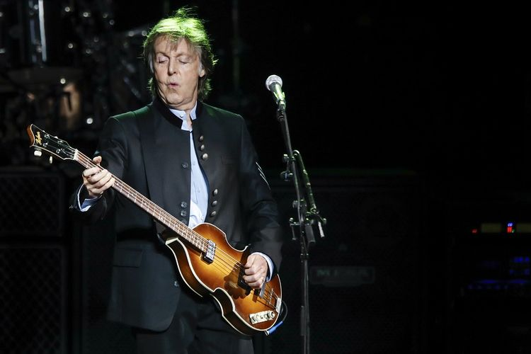 Lirik dan Chord Lagu Calico Skies - Paul McCartney