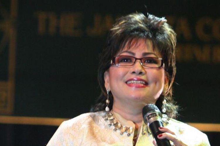 Maya Rumantir.