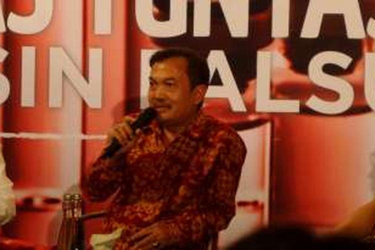 Direktur pengawasan distribusi Produk Terapetik dan PKRT, Badan Pengawasan Obat dan Makanan (BPOM), Arustiyono dalam diskusi di Jakarta, Kamis (11/8/2016).