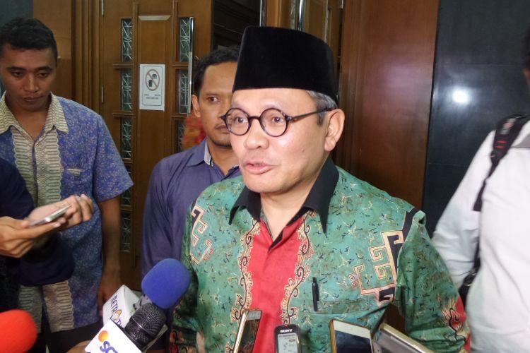 Mantan Wakil Ketua Komisi II DPR, Khatibul Umam Wiranu, di Pengadilan Tipikor Jakarta, Senin (3/4/2017).