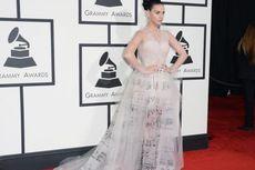 Katy Perry Akan Menunggang Robot Macan?