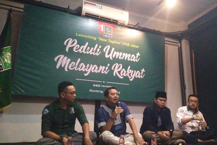 Jajaran pengurus DPW PKB Jawa Barat saat meluncurkan tagline baru Peduli Ummat Melayani Rakyat.