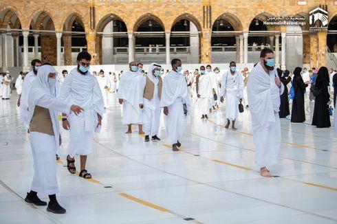 Update Haji 2020: Disinfeksi Masjidil Haram Gunakan 54.000 Liter Disinfektan Setiap Hari