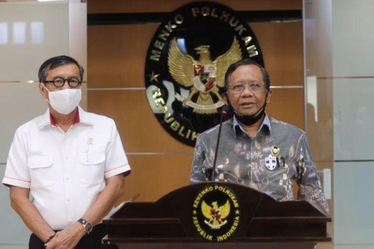 Menteri Koordinator Bidang Politik, Hukum, dan Keamanan (Menkopolhukam) Mahfud MD di kantor Kemenkopolhukam, Selasa (16/6/2020).
