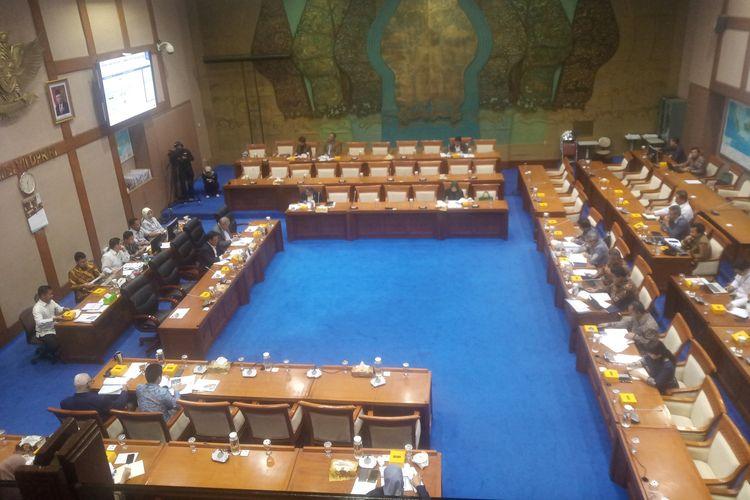 Ilustrasi: Rapat Dengar Pendapat (RDP) Komisi VII DPR RI, Senin (10/2/2020).