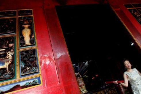 Puluhan Polisi Jaga Perayaan Imlek di Wihara Dharma Bhakti