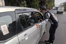Banyak Kendaraan Berpelat Tak Sesuai Melintas Saat Uji Coba Ganjil Genap di Jalan Gunung Sahari