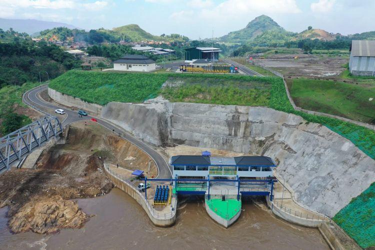 Terowongan Nanjung di Kabupaten Bandung, Jawa Barat, pengendali banjir hulu Sungai Citarum.