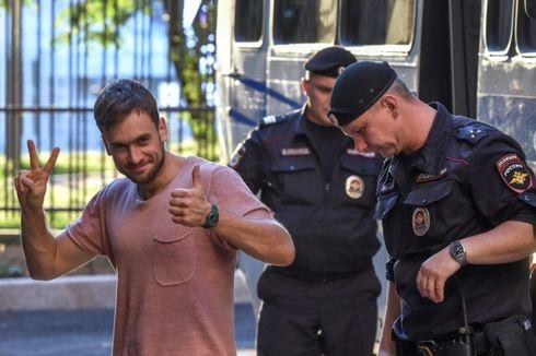 Kemungkinan Diracun, Aktivis Pussy Riot di Rusia Masuk Rumah Sakit
