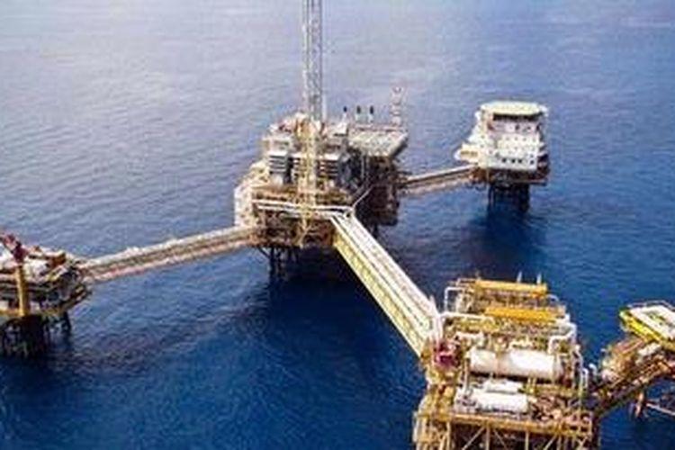 Rig lepas pantai milik sebuah perusahaan minyak.