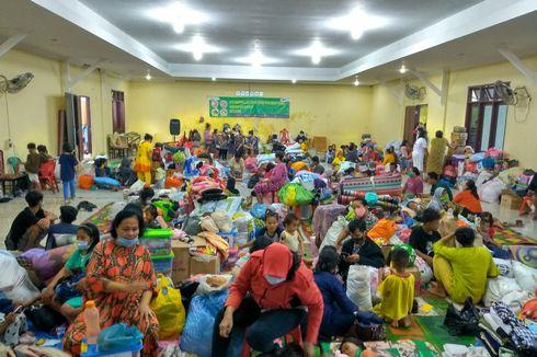 Korban Banjir di Medan Tidur Beralaskan Tikar, Kemensos Geser Logistik dari Palembang