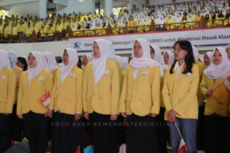 Kenaikan kuota penerima beasiswa Bidikmisi disampaikan Menristekdikti saat memberikan Kuliah Umum di Auditorium Profesor Wuryanto Universitas Negeri Semarang (Unnes) (2/1/2019).
