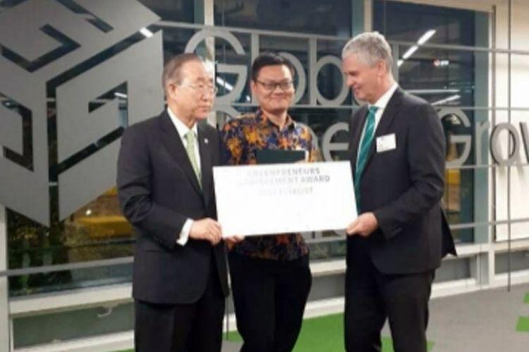 Tim Universitas Gadjah Mada (UGM) menjuarai Greenpreneur Competition 2018 yang diselenggarakan Global Green Growth Institute (GGGI) di Seoul, Korea Selatan, pada 29 Oktober sampai 2 November 2018.