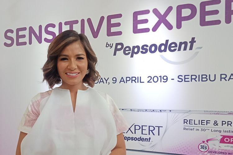 Aktris dsn presenter Meisya Siregar ketika ditemui di kawasan Kebayoran Baru, Jakarta Selatan, Selasa (9/4/2019).