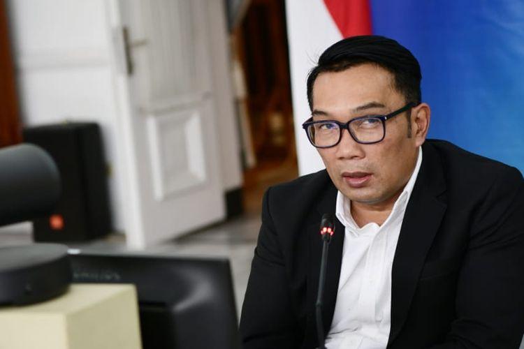 Gubernur Jawa Barat (Jabar) Ridwan Kamil saat memberikan keterangan dalam konferensi pers lewat video (daring) dari Gedung Pakuan, Kota Bandung, Rabu (30/6/2021).