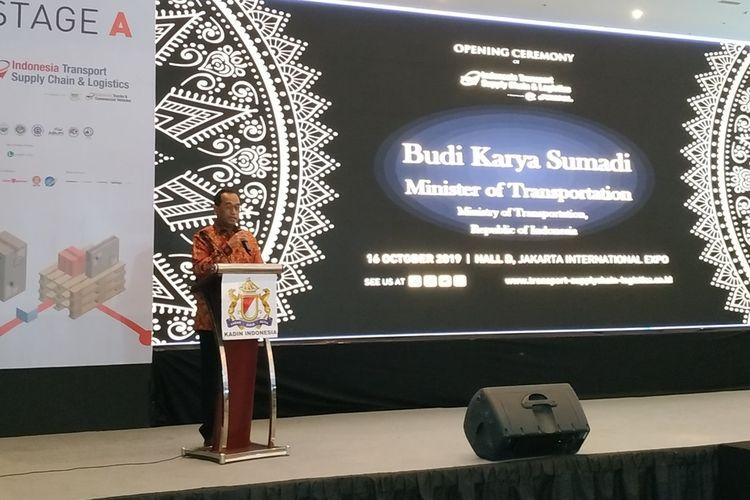Menteri Perhubungan (Menhub) Budi Karya Sumadi memberikan sambutan pada Opening Ceremony Indonesia Transport Supply Chain & Logistics, di Jiexpo Kemayoran, Jakarta, Rabu (16/10/2019).
