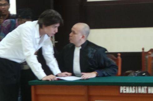 Divonis Bersalah, Roger Jalani 1 Tahun Rehabilitasi Medis
