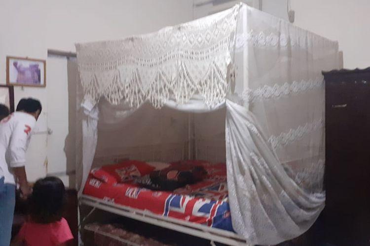 Ranjang dan lemari Habibie kecil
