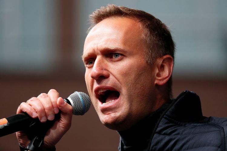 Pemimpin oposisi Rusia Alexei Navalny saat berorasi menuntut pembebasan demonstran yang dipenjara, karena menuntut keadilan pemilu. Foto diambil pada 29 September 2019 di Moskwa, Rusia.