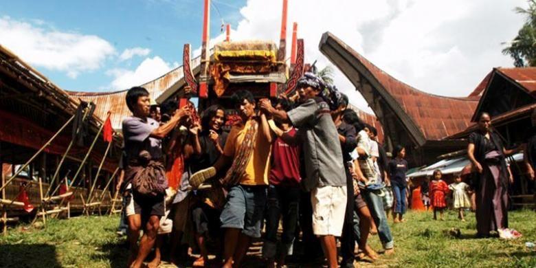 Upacara pemakaman Rambu Solo di Tana Toraja, Sulawesi Selatan.