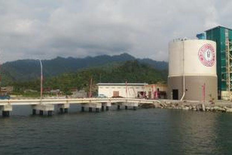 Pabrik pengemasan milik Semen Indonesia di Sulawesi Barat