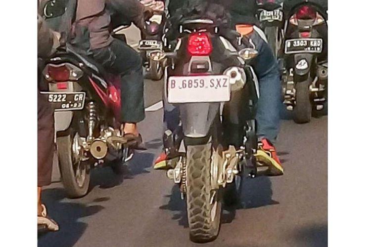 Penampakan motor trail yang diduga adalah Suzuki DR150