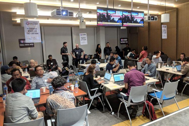 Kegiatan bertajuk Presidential Debate Live Fact-Checking atau cek fakta debat presiden secara langsung di Kantor Google Indonesia, Jakarta Pusat, Minggu (17/2/2019).