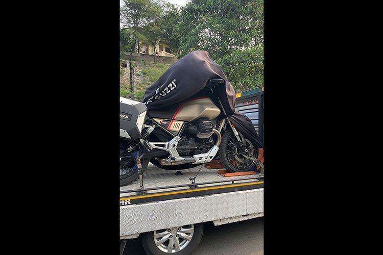 Penampakan Moto Guzzi V85 TT Travel