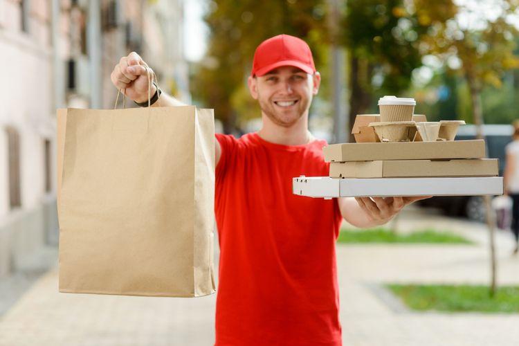 Ilustrasi layanan pesan antar makanan.