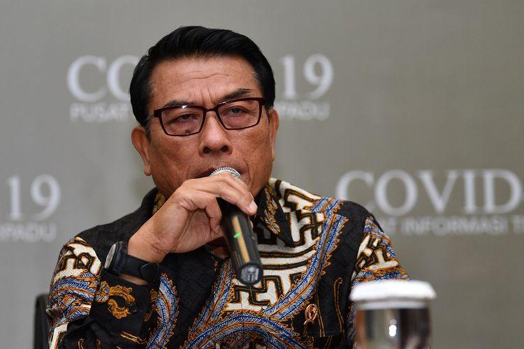 Kepala Staf Kepresidenan Moeldoko menyampaikan konferensi pers dampak penyebaran COVID-19 terhadap ekonomi Indonesia di Gedung Bina Graha, Kompleks Istana Kepresidenan, Jakarta, Kamis (13/2/2020). ANTARA FOTO/Sigid Kurniawan/wsj.