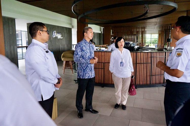 Wakil Wali Kota Bogor Dedie Rachim saat bertemu dengan perwakilan PT KAI untuk membahas sejumlah kerjasama di bidang transportasi, di Hotel Royal Tulip, Bogor, Jawa Barat, Kamis (6/2/2020).