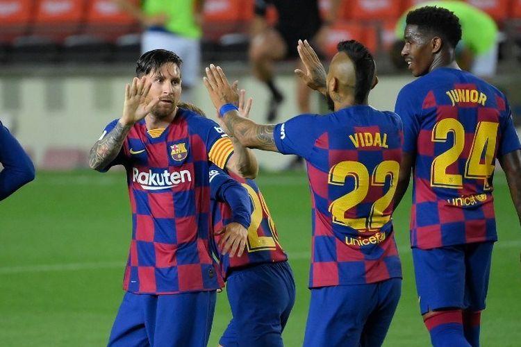 Mega bintang Barcelona, Lionel Messi, merayakan gol ke gawang Osasuna pada laga Liga Spanyol. Jumat (17/7/2020) dini hari WIB.