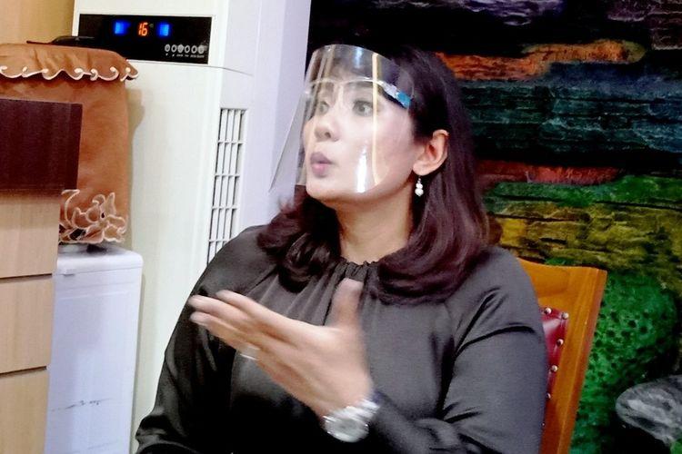 Suryani Paskah Naiborhu mengumumkan dirinya mendukung paslon wali kota dan wakil wali kota Medan nomor urut satu AMAN, Partai Gerindra Kota Medan langsung bereaksi dengan mencoretnya dari keanggotaan, Kamis (19/11/2020)