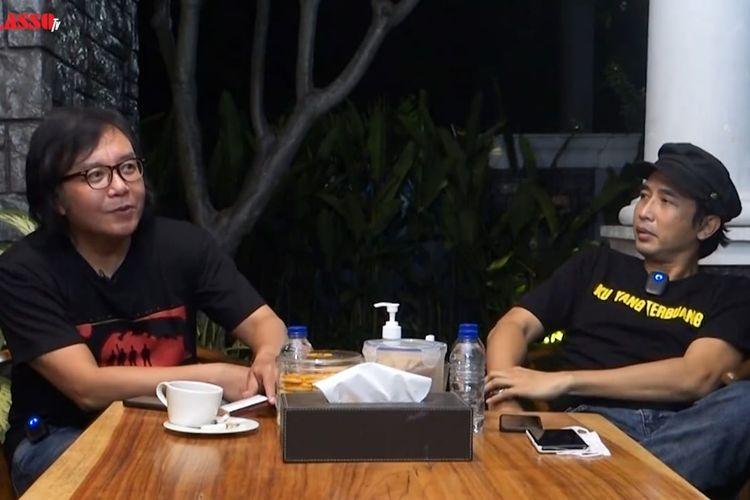 Piyu dan Ari Lasso yang sedang berbincang tentang masa lalu dan PADI
