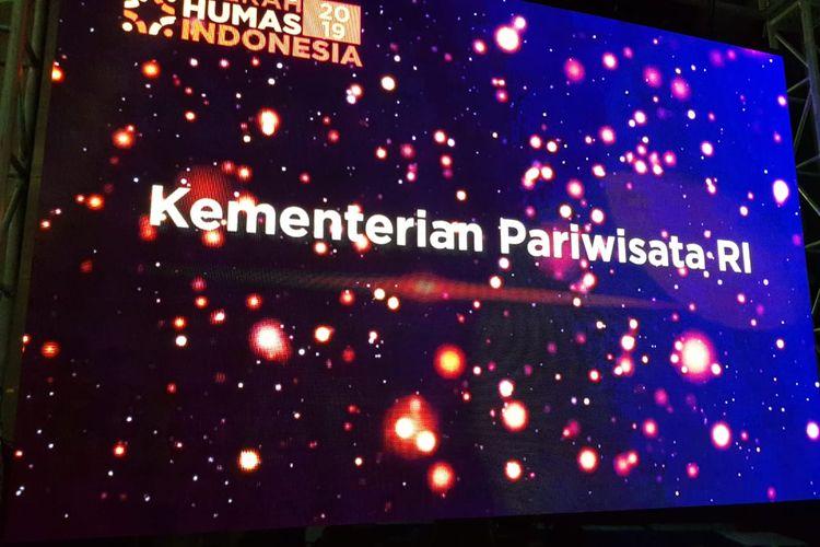 Kementerian Pariwisata RI berhasil diobatkan sebagai kementerian terpopuler di media online dalam Anugerah Humas Indonesia 2019, di Balai Kota Tangerang, Jumat (30/8/2019).