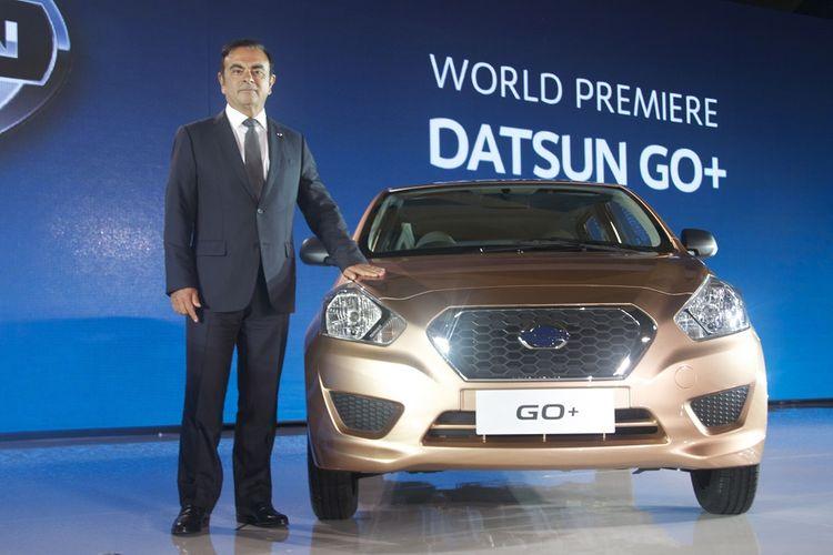 Carlos Ghosn luncurkan kembali Datsun pertama kali di India, kemudian menyusul di Indonesia, Rusia, dan Afrika Selatan.