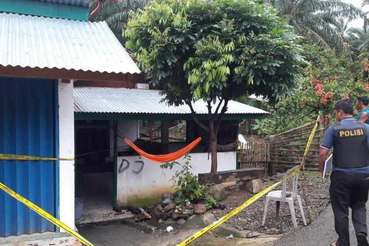 Rumah korban ledakan bom rakitan