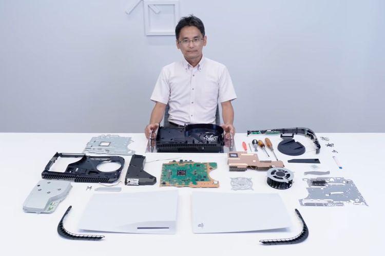 Ilustrasi komponen PS5 yang sudah dipreteli