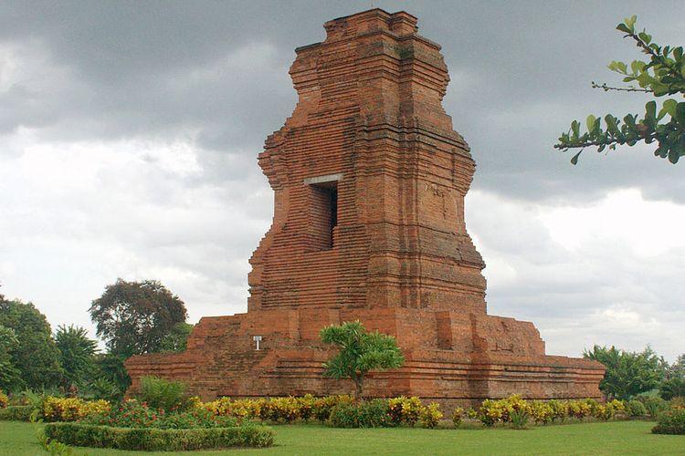 Candi Brahu, salah satu candi peninggalan Kerajaan Majapahit di Mojokerto, Jawa Timur.