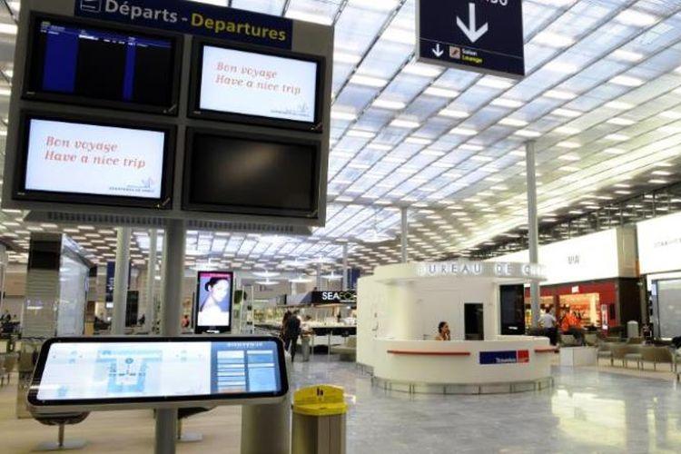 Bandara Charles de Gaulle, Paris, Perancis. (CNN)