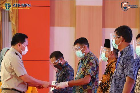 Warga Kabupaten Indragiri Hulu Terima 1.000 Sertifikat Tanah Gratis