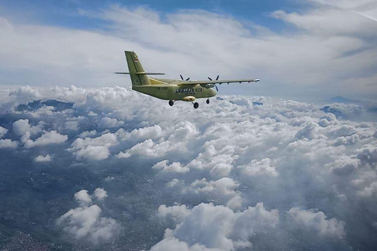 Purwarupa pesawat kedua N219 melaksanakan flight test untuk pertama kalinya, Jumat (21/12/2018).