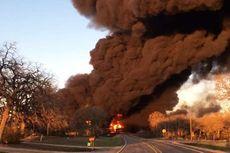 Ledakan Besar Meletus Setelah Truk 18 Roda Tabrak Kereta Bahan Bakar